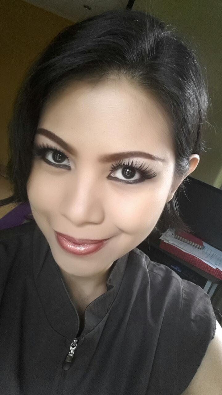 Professional Make Up Artist ONE STOP CORNER FOR MAKE UP SKIN CARE